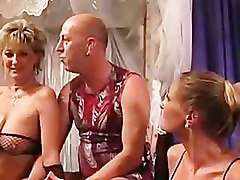 Swingers in club Avantgarde -